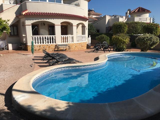 Lj00132 A Beautiful 3 Bedroom Detached Villa With